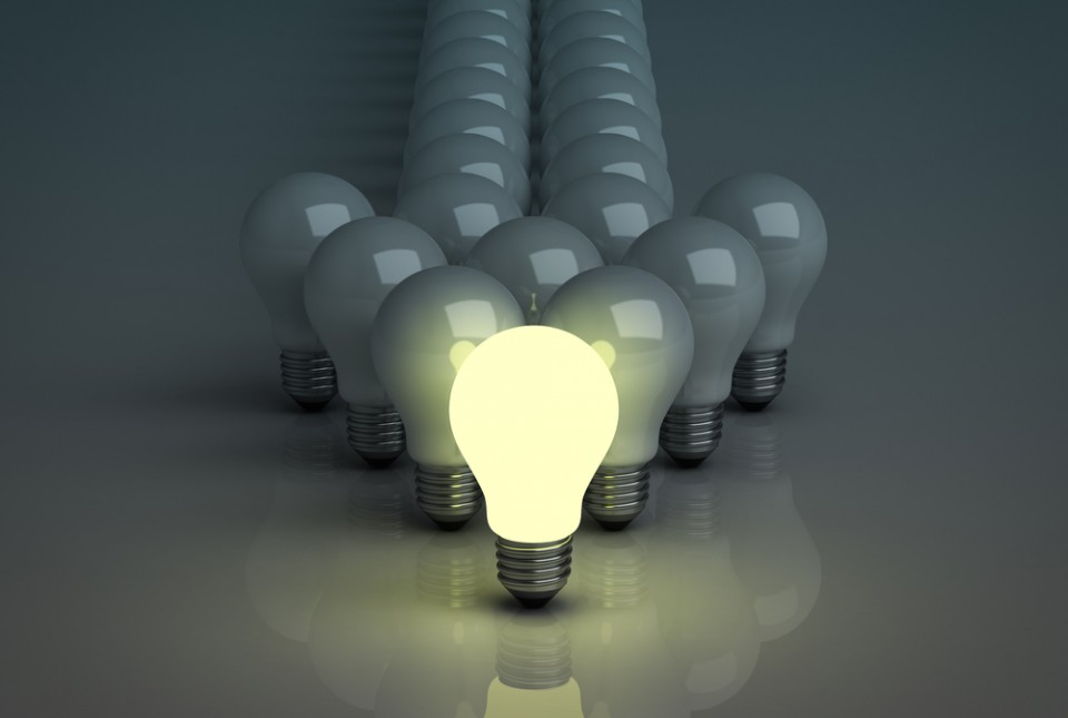Lightbulb-Arrow-Image-960x645